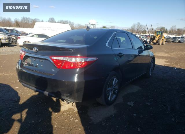 Lot #1624751241 2017 TOYOTA CAMRY LE salvage car