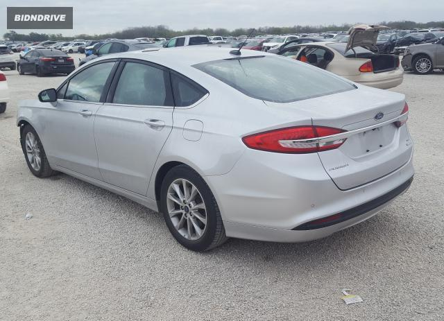 Lot #1637534021 2017 FORD FUSION SE salvage car