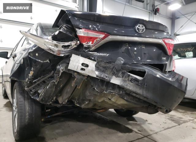 Lot #1657938414 2015 TOYOTA CAMRY LE salvage car