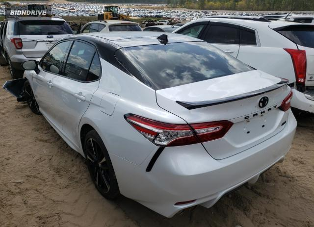 Lot #1677787427 2020 TOYOTA CAMRY XSE salvage car