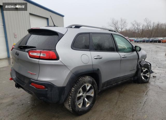 Lot #1690248051 2015 JEEP CHEROKEE T salvage car