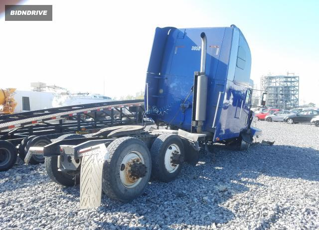 Lot #1692357971 2001 FREIGHTLINER CONVENTION salvage car