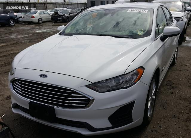 Lot #1693560774 2019 FORD FUSION SE salvage car