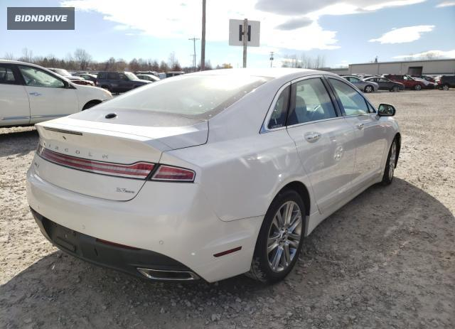Lot #1701307904 2015 LINCOLN MKZ salvage car