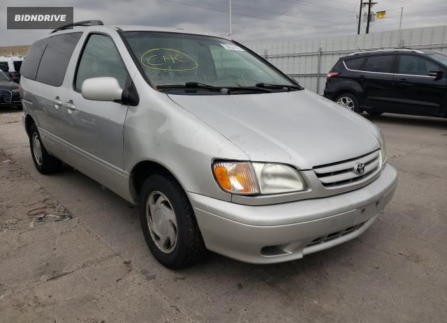 Lot #1706625457 2003 TOYOTA SIENNA LE salvage car