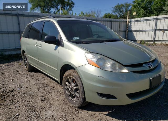 Lot #1718395917 2006 TOYOTA SIENNA LE salvage car