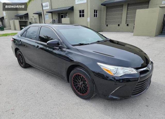 Lot #1722268437 2016 TOYOTA CAMRY LE salvage car