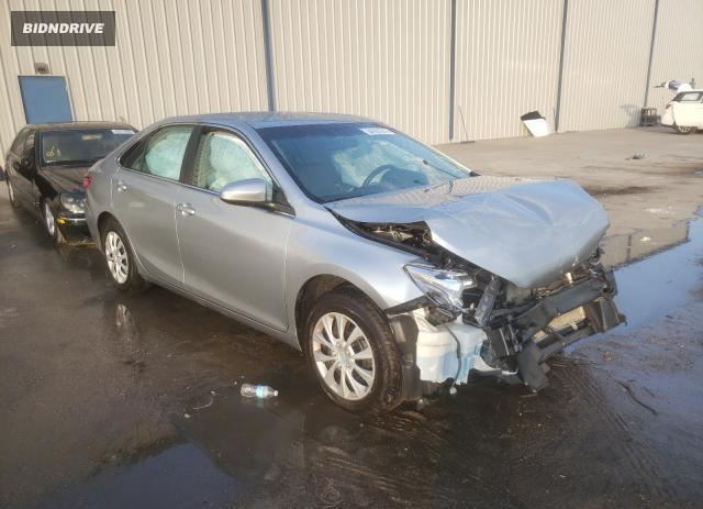 Lot #1730851534 2017 TOYOTA CAMRY LE salvage car
