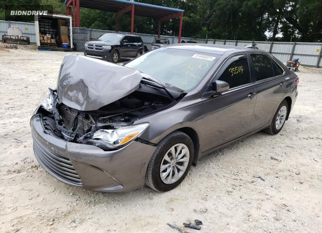 Lot #1762569811 2017 TOYOTA CAMRY LE salvage car