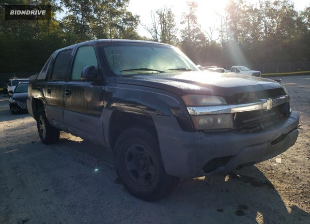 Lot #1769108934 2002 CHEVROLET AVALANCHE salvage car
