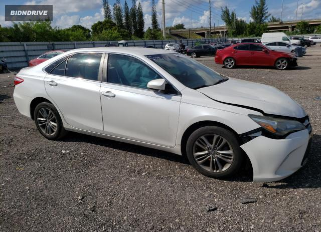 Lot #1776604894 2017 TOYOTA CAMRY LE salvage car